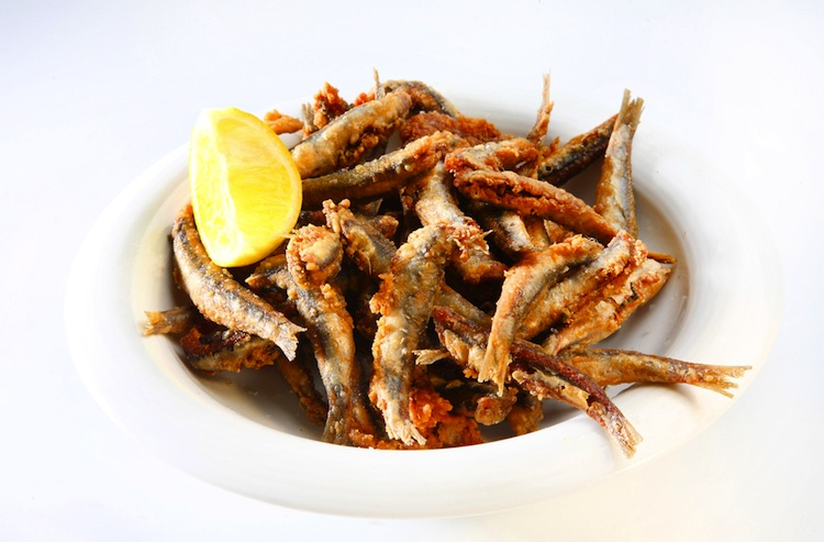 L'Isola di Capraia nell'Arcipelago Toscano è la meta ideale per scoprire spiagge nascoste, mangiare ottimo pesce e passare un fantastico weekend in Toscana