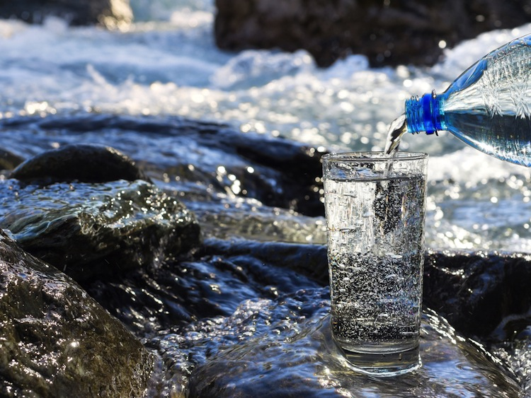 L'Acqua di Lourdes è un'acqua particolare con proprietà energetiche positive