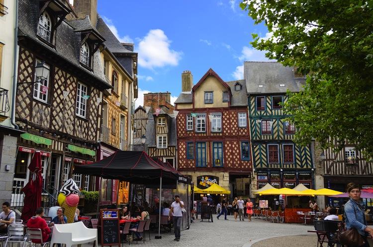 Un weekend a Rennes, la capitale della Bretagna nell'estremo Ovest della Francia, tra Medioevo, Arte contemporanea, Storia Moderna e sapori tipici