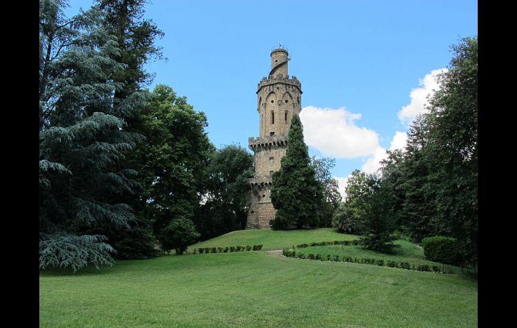 Giardini fiorentini ombrose trame di alberi e mistero for Giardino torrigiani