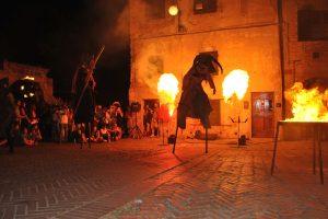 E' iniziato Mercantia 2016, la 29° edizione del festival di teatro di strada che dal 13 al 16 luglio 2016 animerà le vie del borgo toscano di Certaldo.