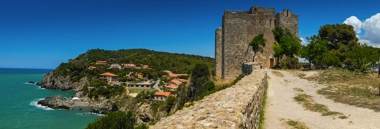 Talamone in Maremma è il luogo ideale per un weekend in Toscana.
