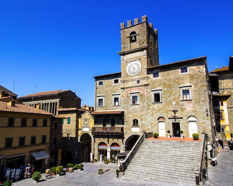 Dall'11/08 al 4/09/2016 a Cortona si terrà CortonAntiquaria 2016, la 54° edizione di una delle mostre di antiquariato più importanti e antiche di Italia.
