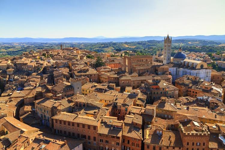 Scopriamo perché Siena ha la lupa come simbolo della città.
