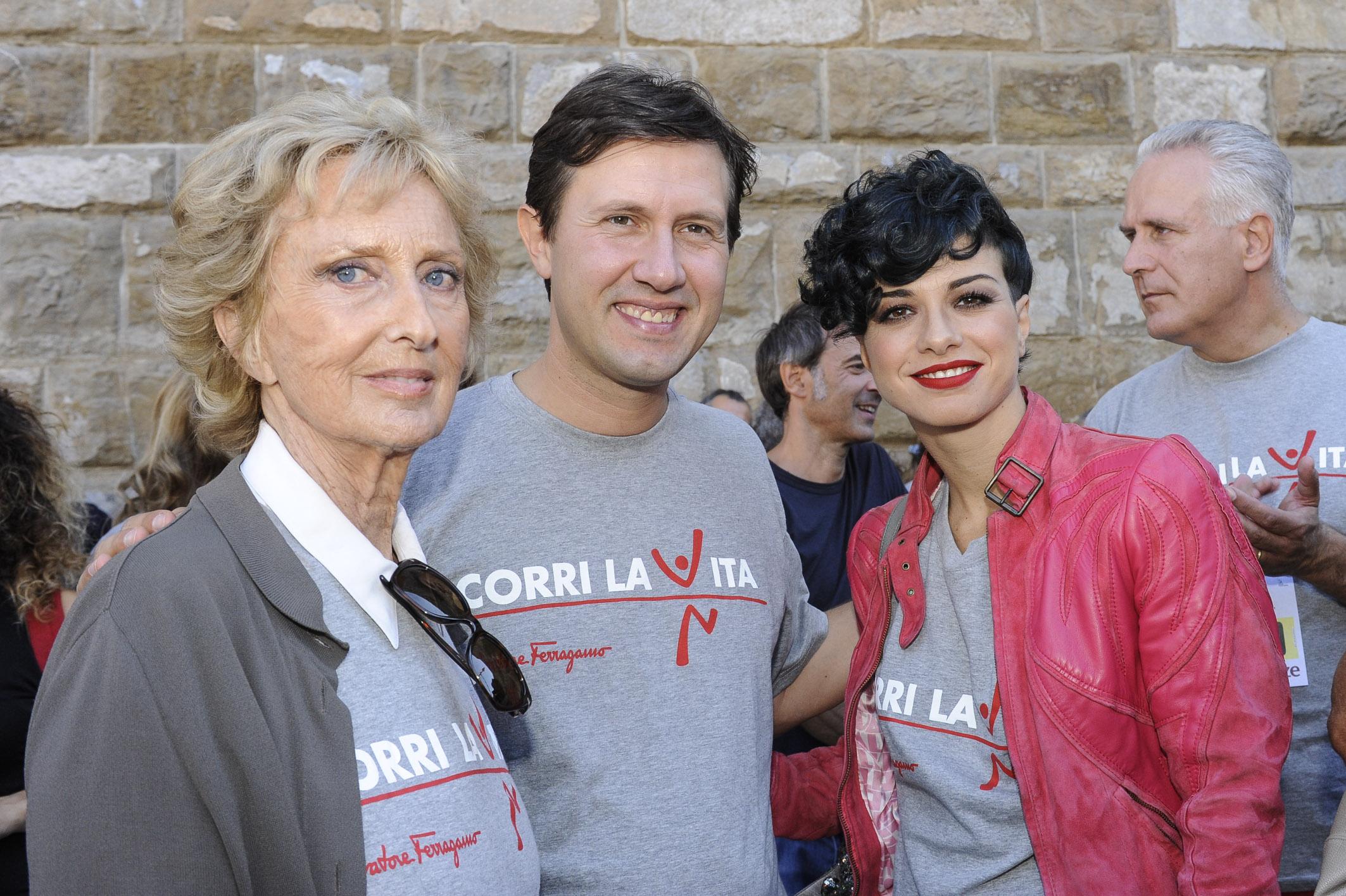 bA Firenze il 25/09 si è corso la 14° edizione di Corri la Vita, la maratona di solidarietà che raccoglie fondi per la lotta al tumore al seno