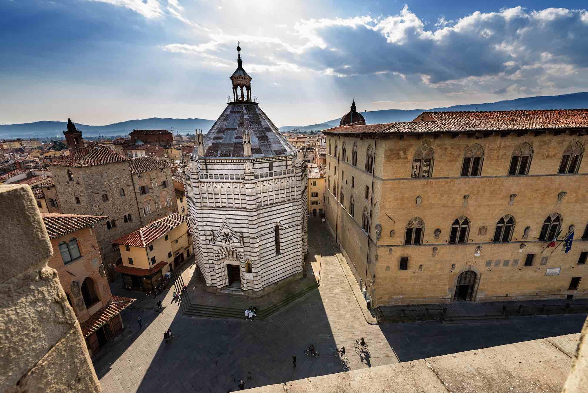 Il Battistero di Pistoia è uno dei 6 battisteri della Toscana