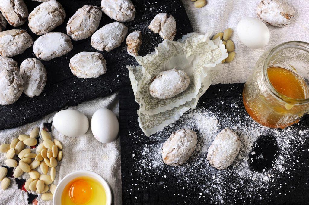 Tra le specialità alimentari toscane troviamo 16 DOP (Denominazione di Origine Protetta) e 15 IGP (Indicazione Geografica Protetta) che garantiscono qualità e metodi di lavorazione.