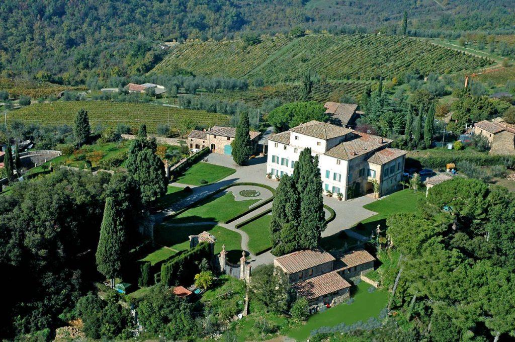 La Villa di Geggiano a Castelnuovo Berardenga (SI) è un'azienda agricola biologica, una guest house e un luogo ideale per eventi privati e matrimono in Toscana