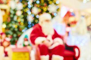 Se decidete di passare il Natale in Toscana avrete l'imbarazzo della scelta tra mercatini di Natale, Case di Babbo Natale e piste di ghiaccio