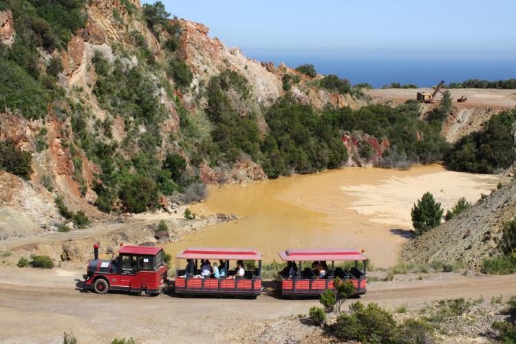 Il Parco Minerario dell'Isola d'Elba si trova nel cuore dell'Arcipelago toscano, parco marino più grande d'Europa, con il Museo a Rio Marina