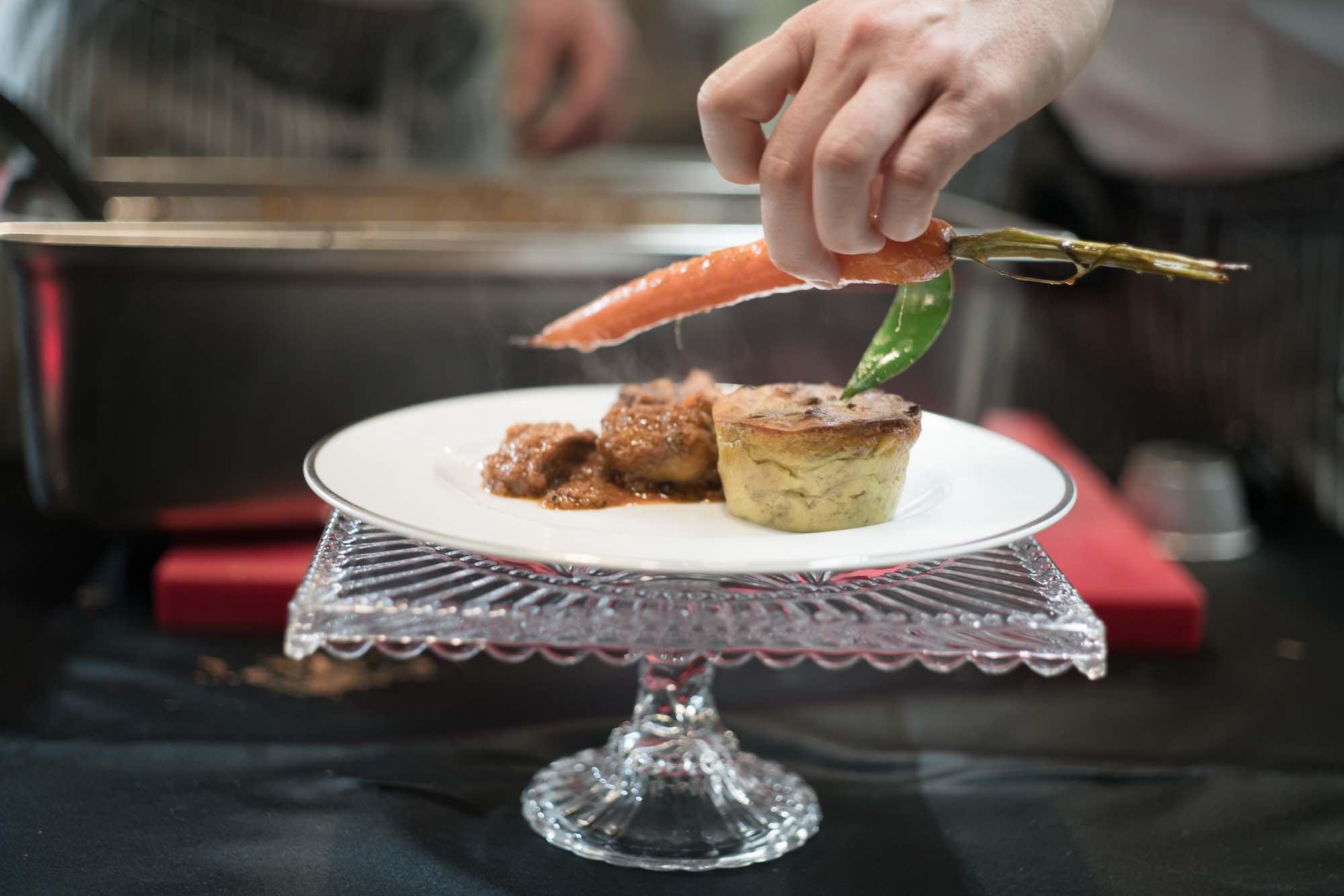 Roland's è un Catering Toscano d'eccellenza che, con professionalità e discrezione, rende un evento unico e inimitabile.