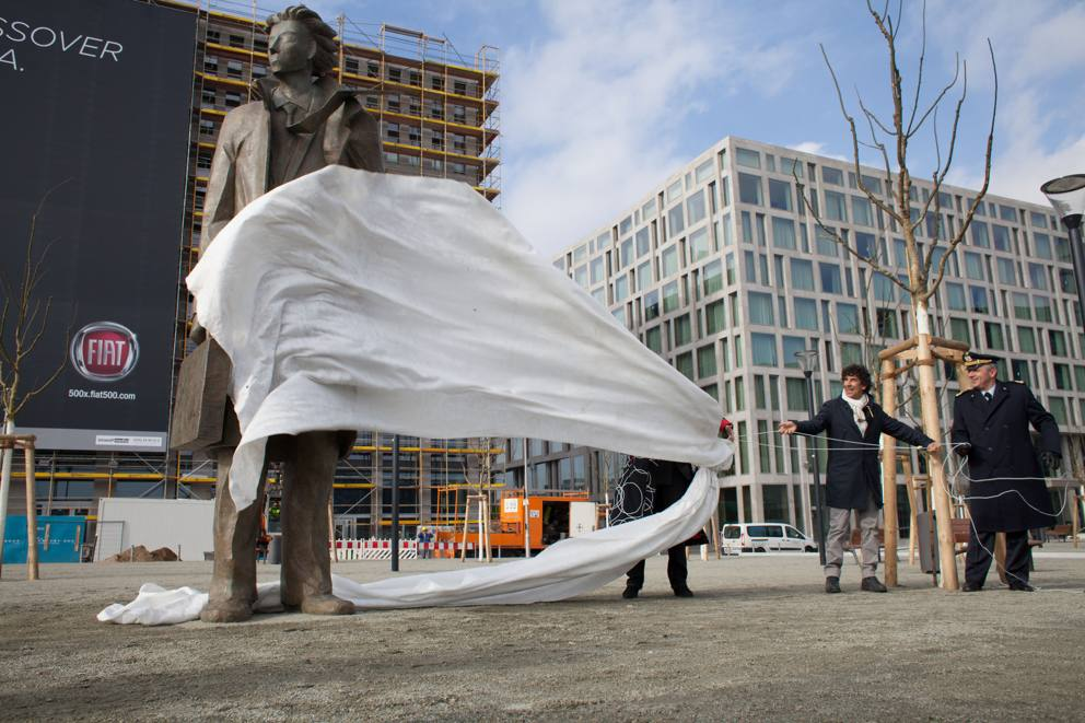 Road map delle opere pubbliche di Giampaolo Talani,artista toscano che con la sua arte sta lasciando un profondo segno nell'arte contemporanea