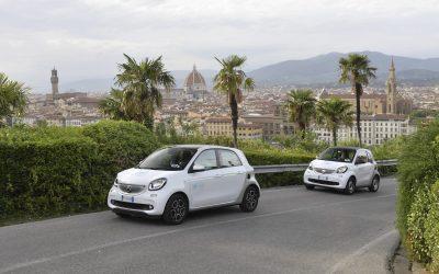 Car2Go, servizio di sharing car che permette di affittare un'auto solo per i minuti desiderati con una semplice app, festeggia 3 anni a Firenze.