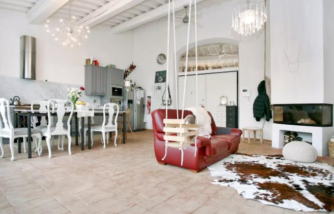 Abbiamo selezionato 4 appartamenti affascinanti e particolari su AirBnb Toscana, alloggi ideali per trascorrere bellissime vacanze in Toscana.