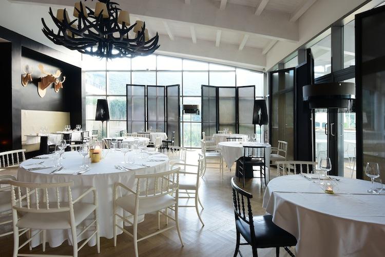 Argentario Golf Resort & SPA è un sogno made in Tuscany ad occhi aperti: 2700 mq di zona wellness, campi da golf, suite nel cuore della Maremma Toscana.
