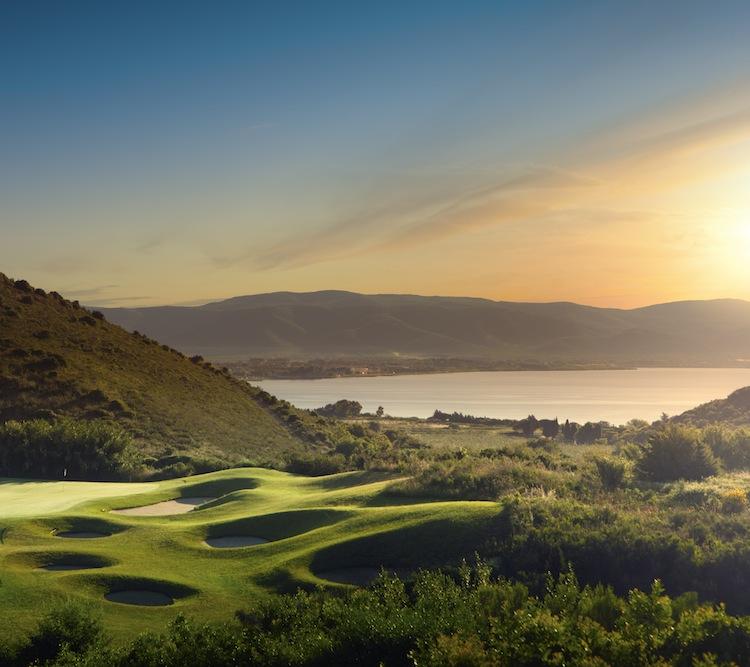 L'Argentario Golf Resort & SPA è un sogno made in Tuscany ad occhi aperti: 2700 mq di zona wellness, campi da golf, suite nel cuore della Maremma Toscana.