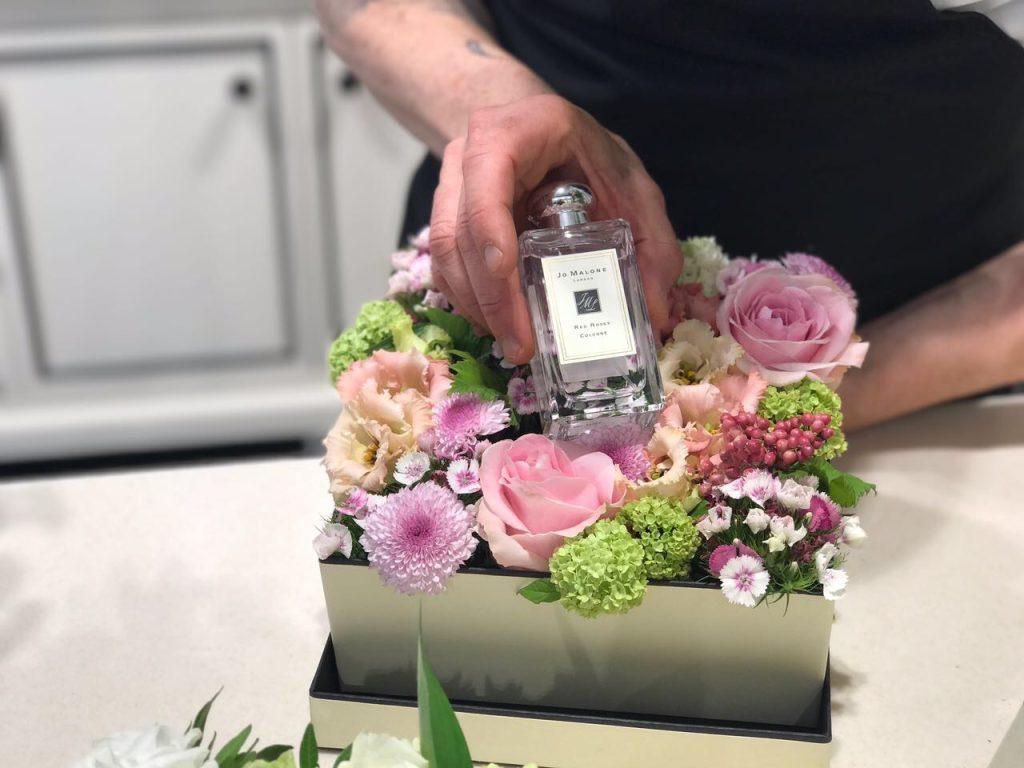 Jardin Divers è un negozio-laboratorio di fiori a Firenze che crea composizioni e allestimenti artistici di piante e fiori per ogni occasione
