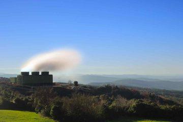 Il paese, uno dei simboli del made in Tuscany più fiorente, deve il nome a un ingegnere livornese di origine francese, François Jacques de Larderel, che per primo ebbe l'intuizione di sfruttare i soffioni boraciferi presenti in zona.