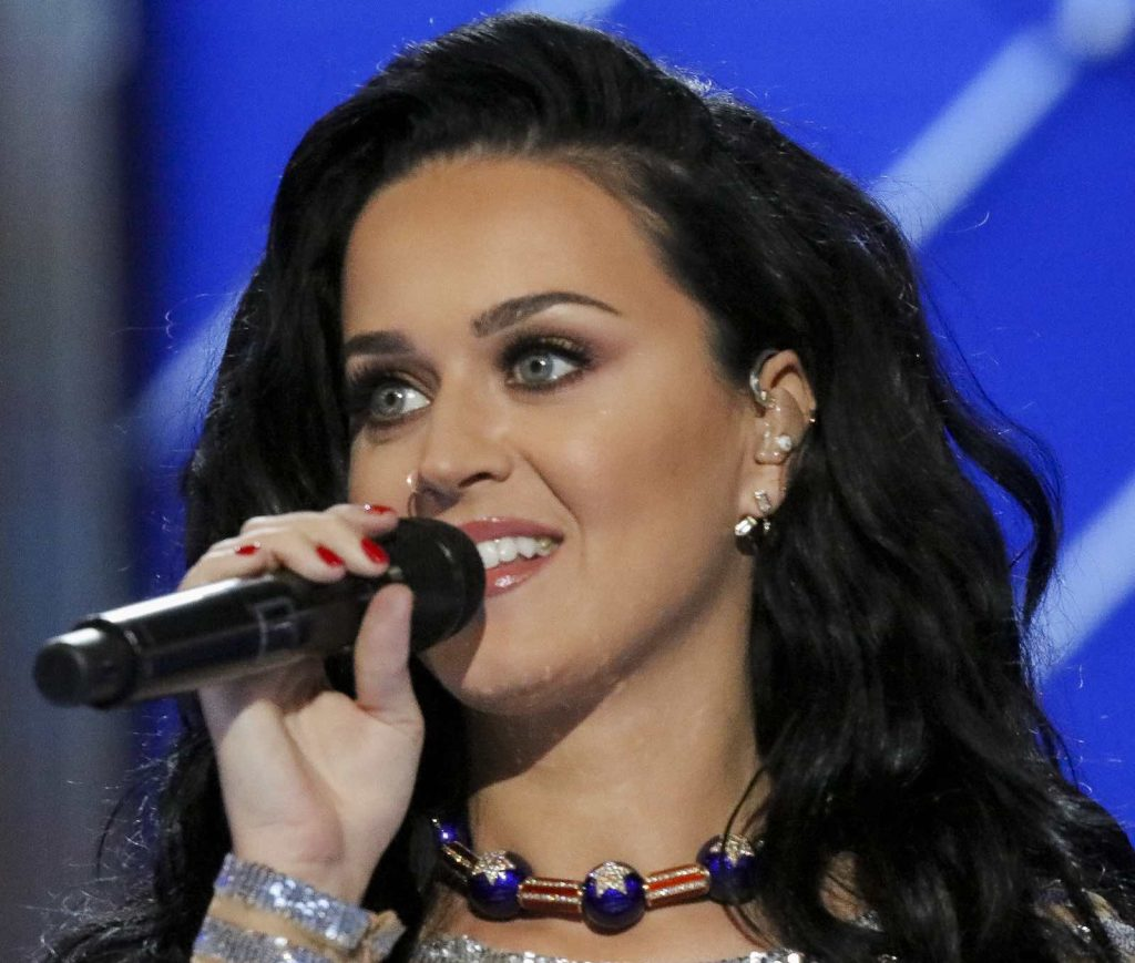 Celebrity in Toscana? Da Sting a Beyoncè, passando per Madonna e Elton John, fino a Kim Kardashian e Katy Perry: everyone loves Tuscany