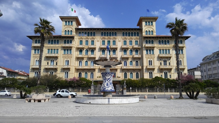 Stabilimenti balneari: una storia made in Tuscany dal 1828