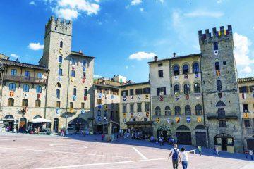 """14 - 17 Settembre 2017 ad Arezzo si terrà l'ottava edizione di """"Streetfood Village 2017"""" festival del cibo di strada. Tante le novità: Il calcio balilla e lo Street food, a Banda dei Piccoli Chef, eventi musicali e cabarettistici ecc."""
