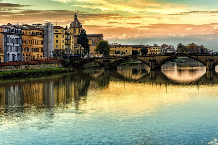 "Secondo la classifica di Loney Planet: ""10 of the world's coolest neighbourhoods"", il quartiere più cool del mondo è San Frediano a Firenze"