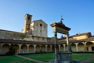 Castelnuovo Berardenga: borgo toscano al confine tra Chianti e Crete Senesi vicino a Montaperti, dove si combattè la famosa omonima battaglia