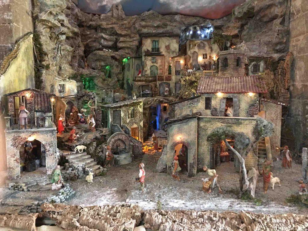 Favorito La Via dei Presepi di Cerreto Guidi, il Natale all'uncinetto JX38