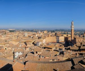 Sette note in sette notti è una rassegna del Museo Civico di Siena dedicata a musica, arte ed enogastronomia che inizia il 16 novembre 2017