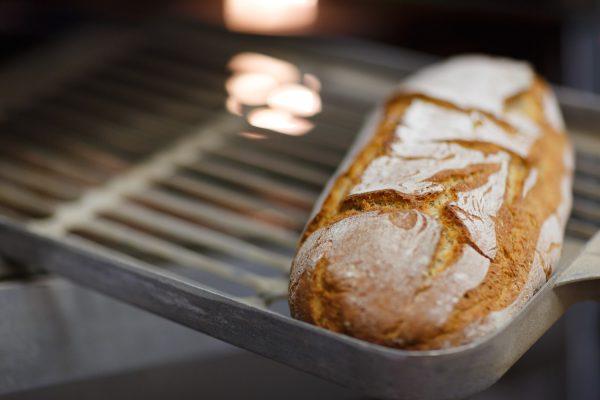 Al Forno Garbo si trova il pane buono e sano, fatto solo con grani antichi, farine non trattate e pasta madre, coniugando bontà e genuinità