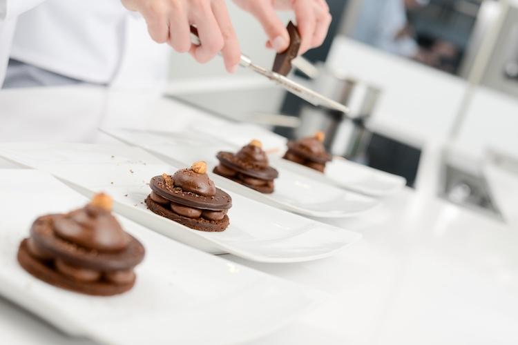 Firenze e Cioccolato, la fiera del cioccolato artigianale di Firenze è arrivata alla sua 14° edizione. Quest'anno Etniciok vedrà la partecipazione dello Chef Alessandro Borghese.