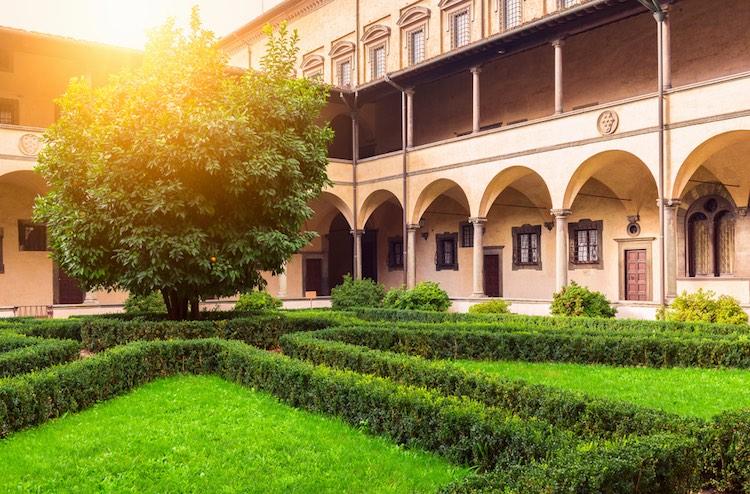 Nel 3° capitolo sulla storia dei Medici, dopo aver raccontato le origini della dinastia e l'apertura del Banco Mediceo da parte di Giovanni di Bicci de' Medici, parliamo di suo figlio Cosimo il Vecchio