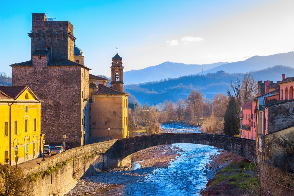 Veduta di Pontremoli, borgo toscano della Lunigiana