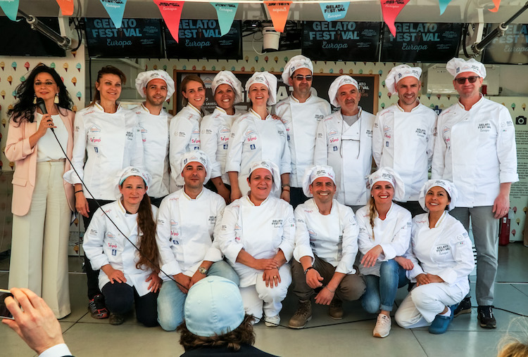 Nella giuria di esperti del Gelato Festival 2018 che decreterà il campione mondiale di gelateria, quest'anno è arrivato Tommaso Baldassini Editore e Cofondatore del nostro Web Magazine TuscanyPeople.