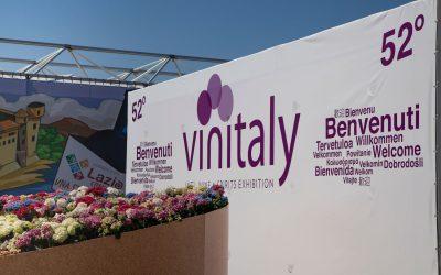 Una selezione delle migliori aziende vitivinicole biologiche e biodinamiche della Toscana, presenti al Vinitaly 2018.
