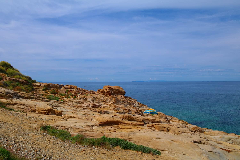 Perchè la costa livornese viene chiamata costa labronica? E quali sono le cale vicino a Livorno sulla strada del Romito dove andare al mare?