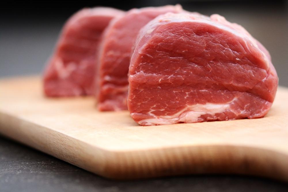 I tagli della carne rossa variano da paese a paese, ma ce ne sono 5, detti nobili, che sono stati quotati da Hilton rendendoli internazionali