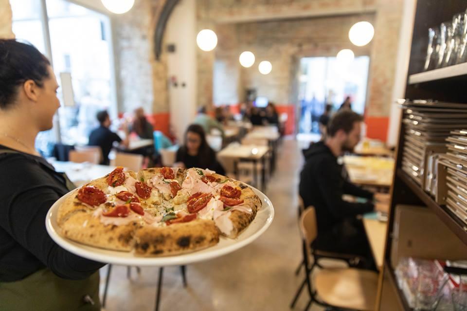Berberè, una delle pizzerie più buone di Firenze, raddoppia la sua presenza in città: da oggi tutti i gusti di Berberè anche in Santa Croce