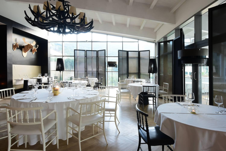 L'Argentario Golf Resort & SPA è un sogno made in Tuscany ad occhi aperti:2700 mq di zona wellness,campi da golf,suite nel cuore della Maremma