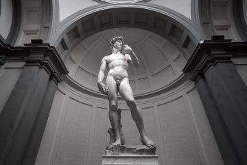 Il David di Michelangelo si trova presso la Galleria dell'Accademia di Firenze, il quarto museo in Italia per numero di visitatori.