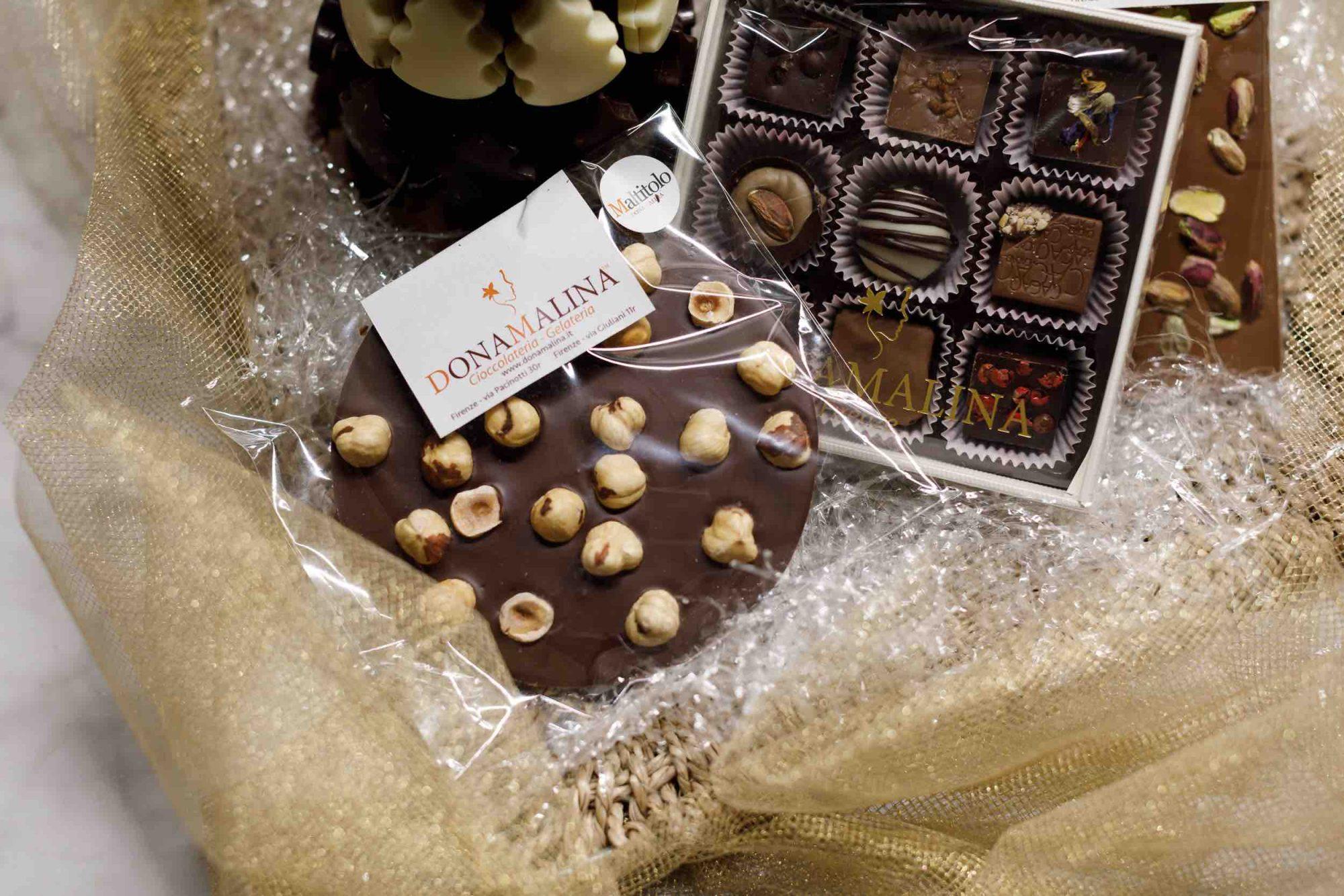 DonaMalina, botteghe di cioccolateria e gelateria a Firenze, produce deliziose creazioni Artigianali per gli tutti gli amanti della dolcezza.