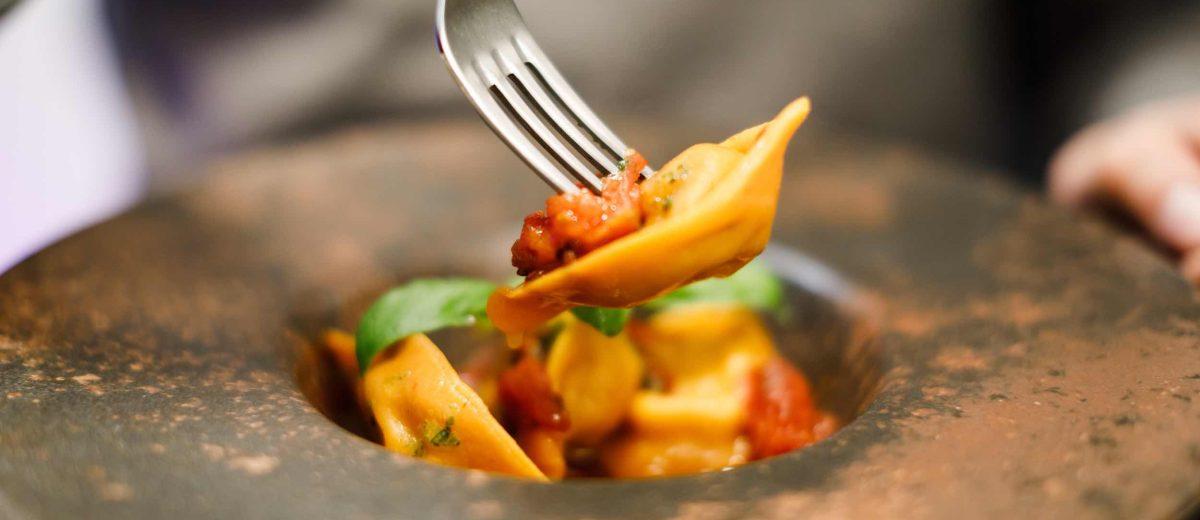 Baccalunch è un originale e ottimo ristorante a Firenze in San Frediano che propone un menù di 30 piatti a base esclusivamente di baccalà
