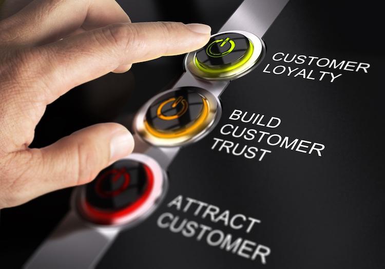 Fidelizzazione del cliente: quanto permette di risparmiare la customer loyalty? Consigli per gestire al meglio i vostri clienti più fedeli.