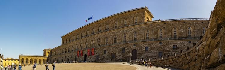 10 curiosità su Firenze per conoscere aneddoti della storia della città e percorrere le vie del centro alla ricerca di particolari nascosti