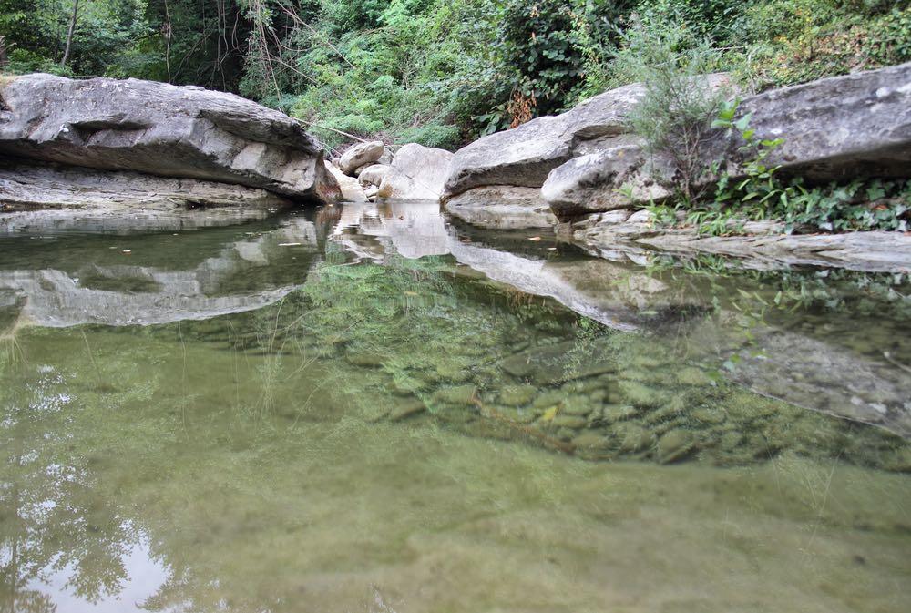 Quali sono i fiumi della Toscana? Dove si può fare il bagno? E il rafting? E il trekking? Mappe e itinerari per viversi il meglio dei fiumi toscani.