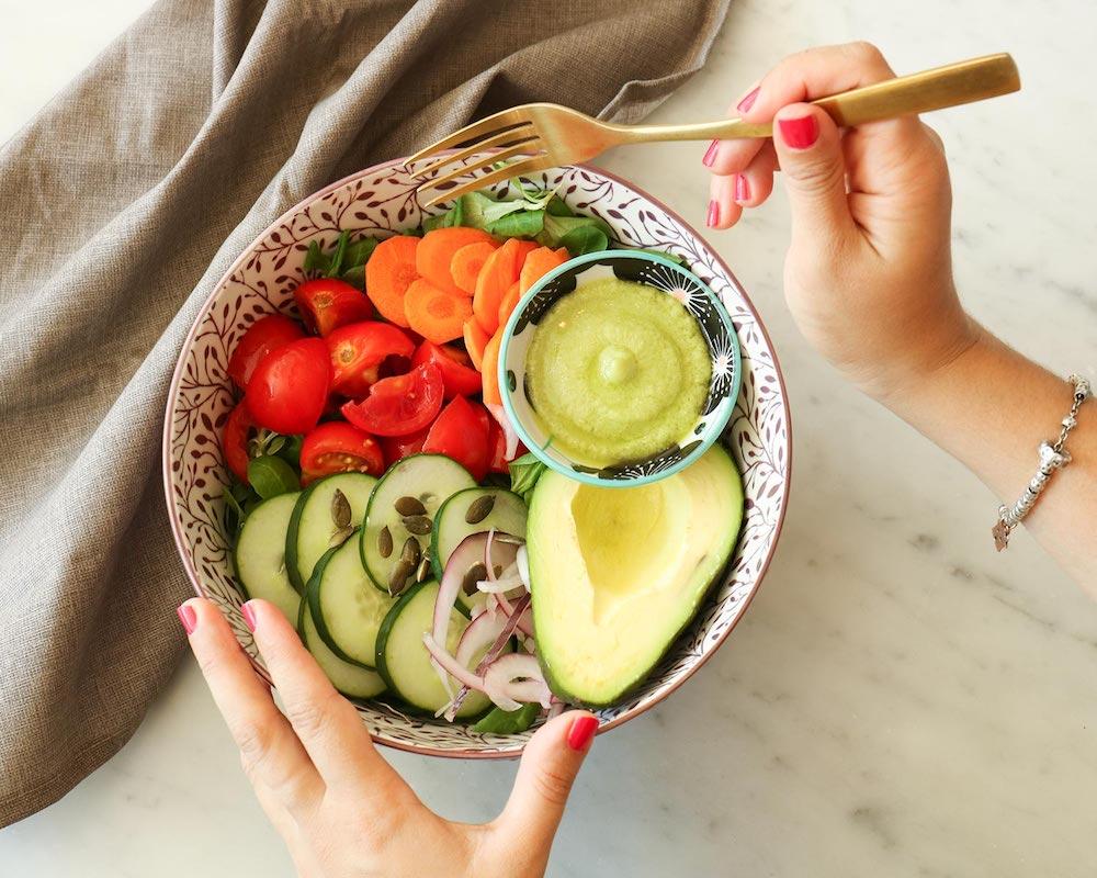 Bowl di healthy food del bistro Rosalia Salad Gourmet di Firenze