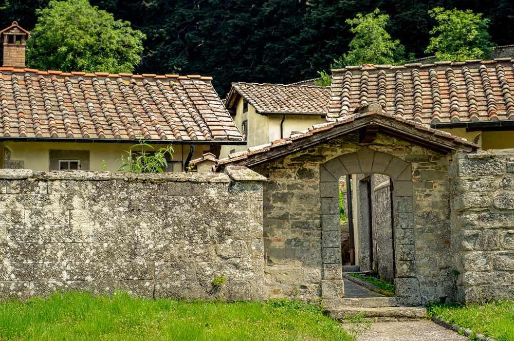 Il Sentiero delle Foreste Sacre è un itinerario del Parco Nazionale delle Foreste Casentinesi che si conclude al Santuario de La Verna