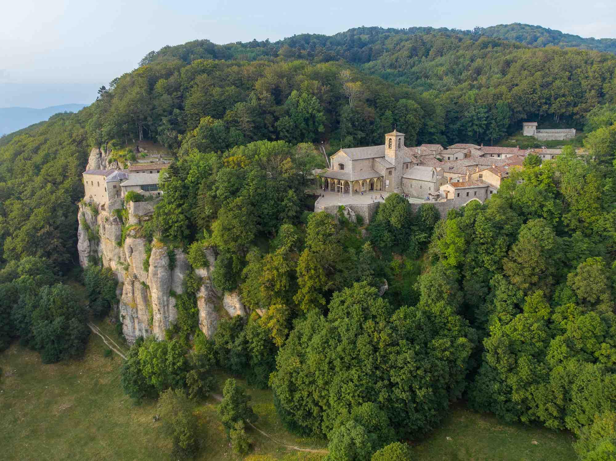 Il Santuario de La Verna nelle Foreste Casentinesi in Toscana