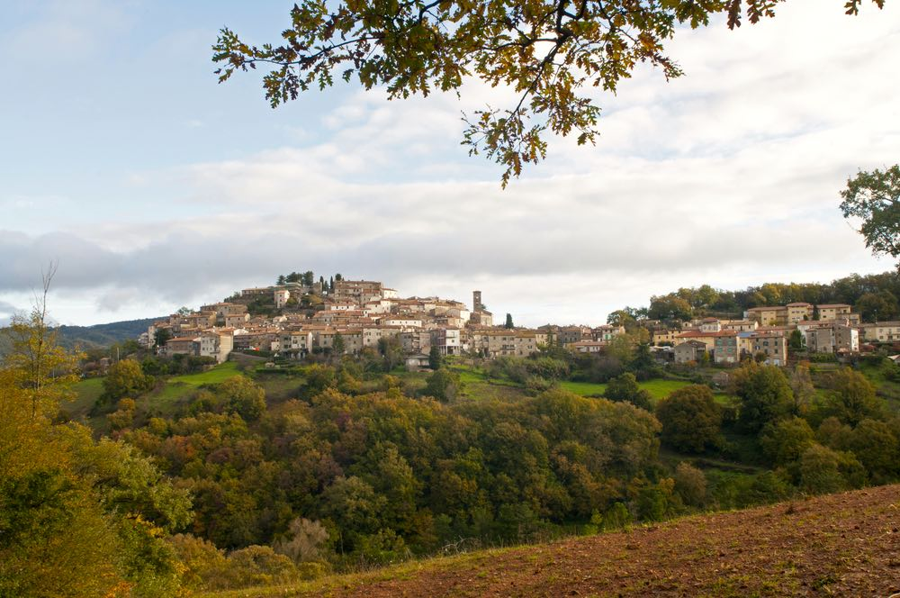 7 cose da sapere sul Monte Amiata: tra borghi, parchi naturali e centri spirituali, per visitare la Toscana più autentica e poco conosciuta