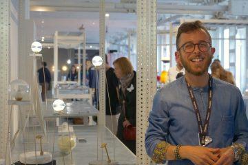 Niccolò Garbati è il giovane designer toscano di Carrara, fondatore di Progetto99 Stone Design e creatore del Wirless Charging Pad